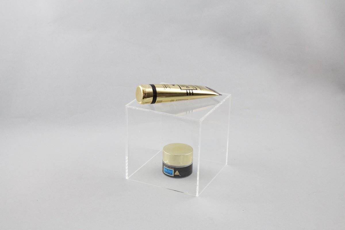 Teca in plexiglass trasparente f.to 16x16x16cm