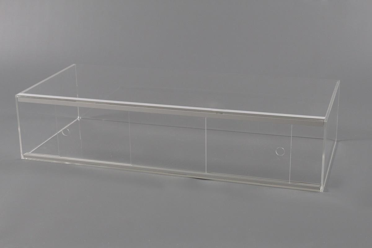 Ante Scorrevoli In Plexiglass.Vetrina Multiuso Con Ante Scorrevoli