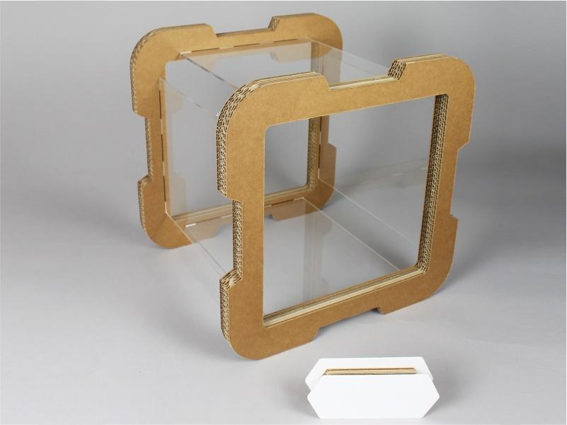 cubo modulare in plexiglass e cartone