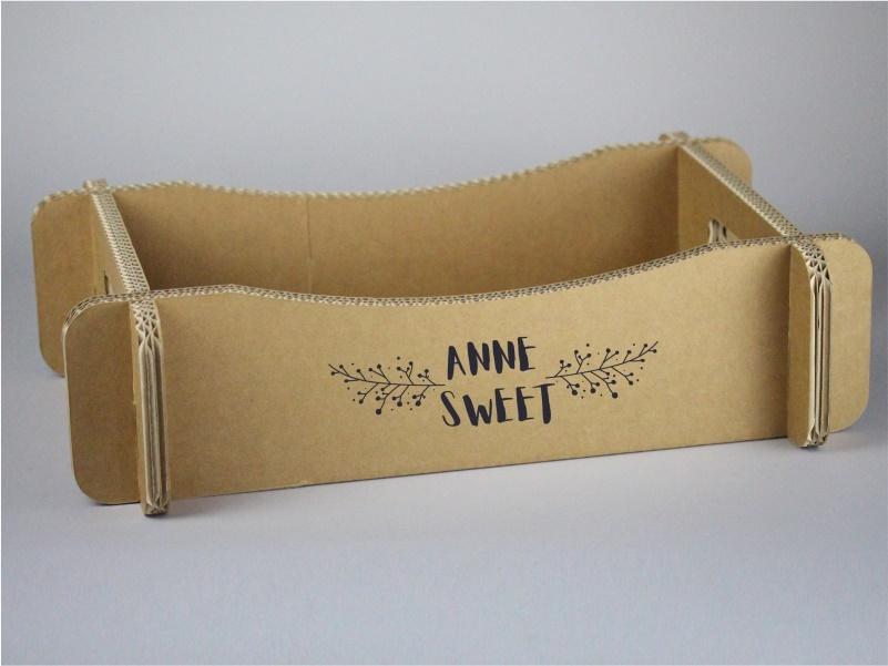 Cassetta per confezioni regalo in cartone con lati ondulati